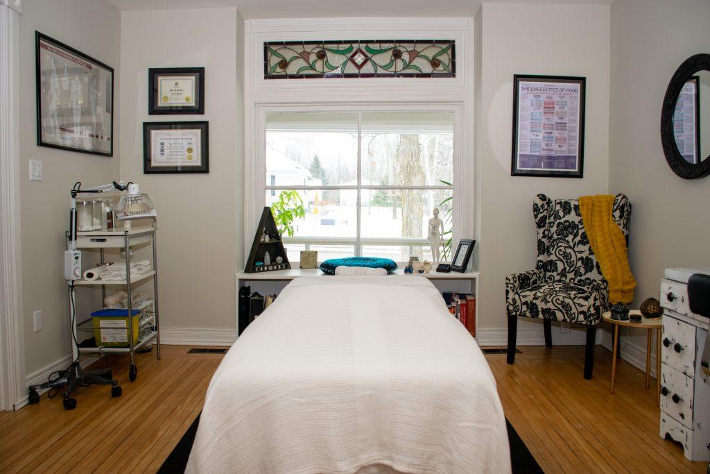 Kerri Stewart, Acupuncture Treatment Room